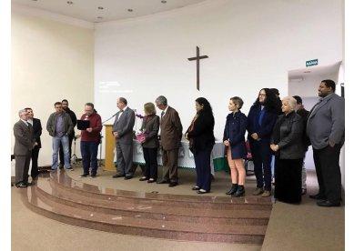 Bispo Stanley Moraes e sua esposa, Rute Moraes, são homenageados na Fateo