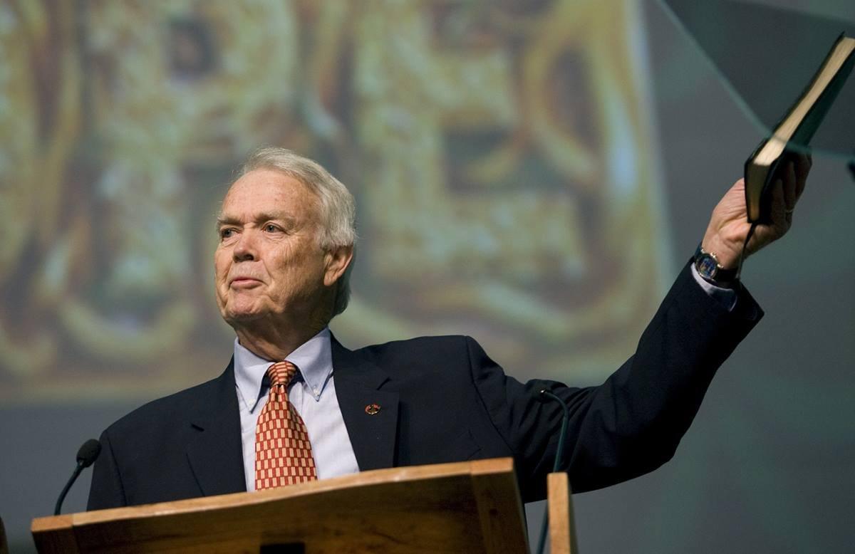 O Rev. Eddie Fox, pioneiro do evangelismo metodista mundial, morre, aos 83 anos