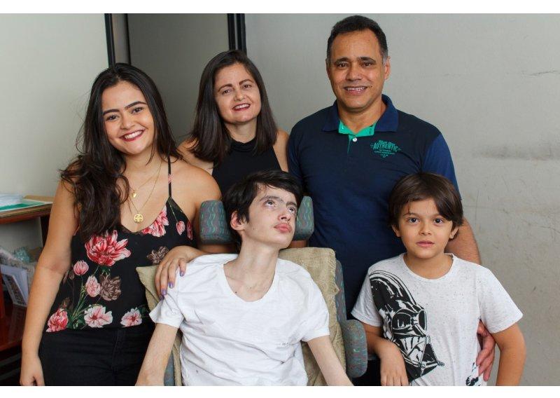 emanuel-familia-838-800x568.jpg