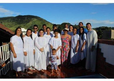 Igreja Metodista em Porciúncula recebe 13 novos membros