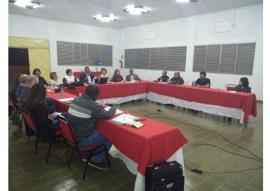 Bispos e Bispas metodistas visitam projetos sociais e educacionais durante Retiro