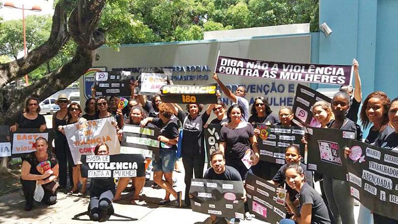 As mulheres da Remne continuam indo às ruas para denunciar e protestar contra a violência de gênero | ARQUIVO EXPOSITOR CRISTÃO