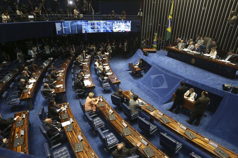 2016_08_senado_votacao