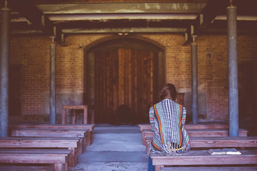 2017_05_mulher_igreja