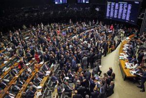 Plenário da Câmara rejeitou autorização para STF investigar denúncia contra o presidente Michel TemerWilson Dias/Agência Brasil