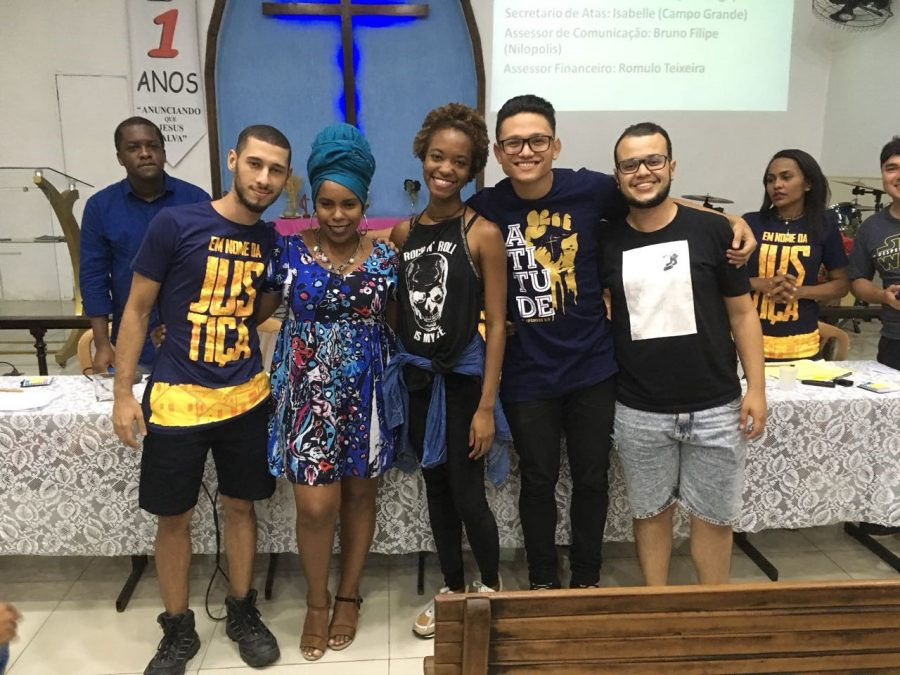 Mesa Executiva eleita 2018-2019 (em ordem: Pierre, Daniella, Isabelle, Bruno e Romulo)